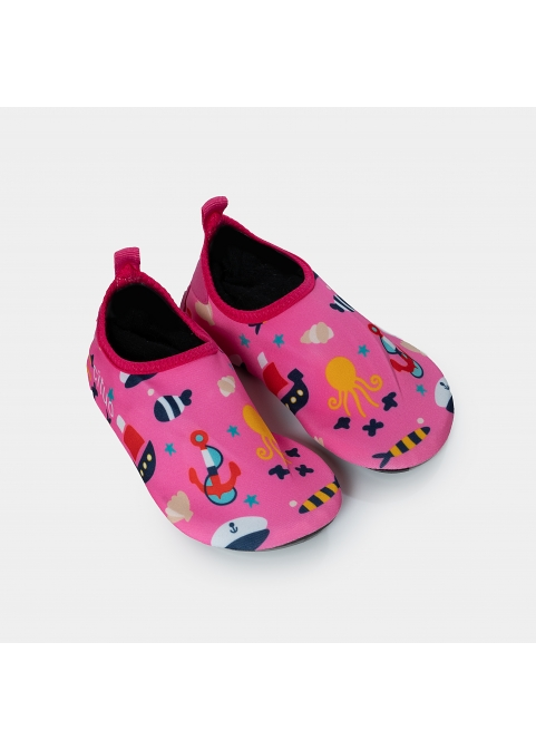Kids, elements of the sea in pink