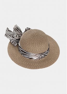 Brown & beige hat with zebra foulard