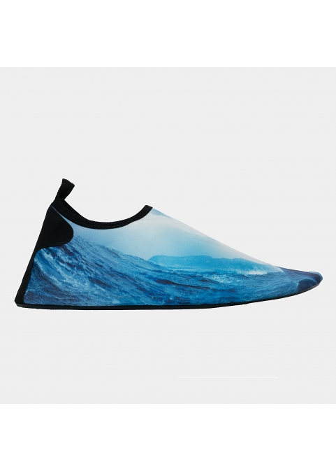 Men, waves and fin in blue