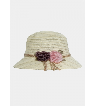 Ecru kids hat with roses