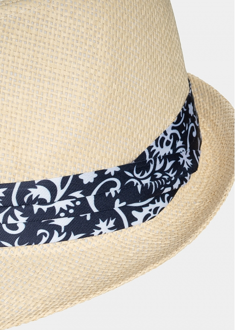 Beige fedora with blue detailed strap