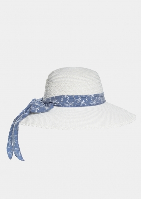 White hat with blue foulard